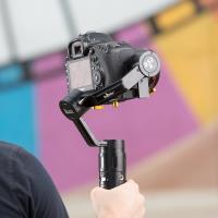 Artikelfoto 55 3 Achsen GIMBAL für DSLR Kameras IKAN DS2-A bis 1.8 Kg
