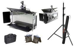FineVideo LED Flächenleuchte 5400K LED500AVL LCD Touch dimmbar SET mit Stativ und Taschen