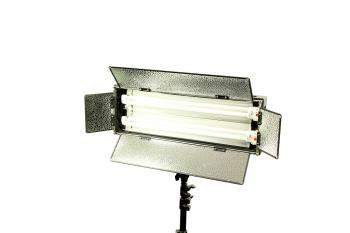 Dauerlicht Flächenleuchte Fluorescent 110 Watt Dimmbar LS255A Foto und Video